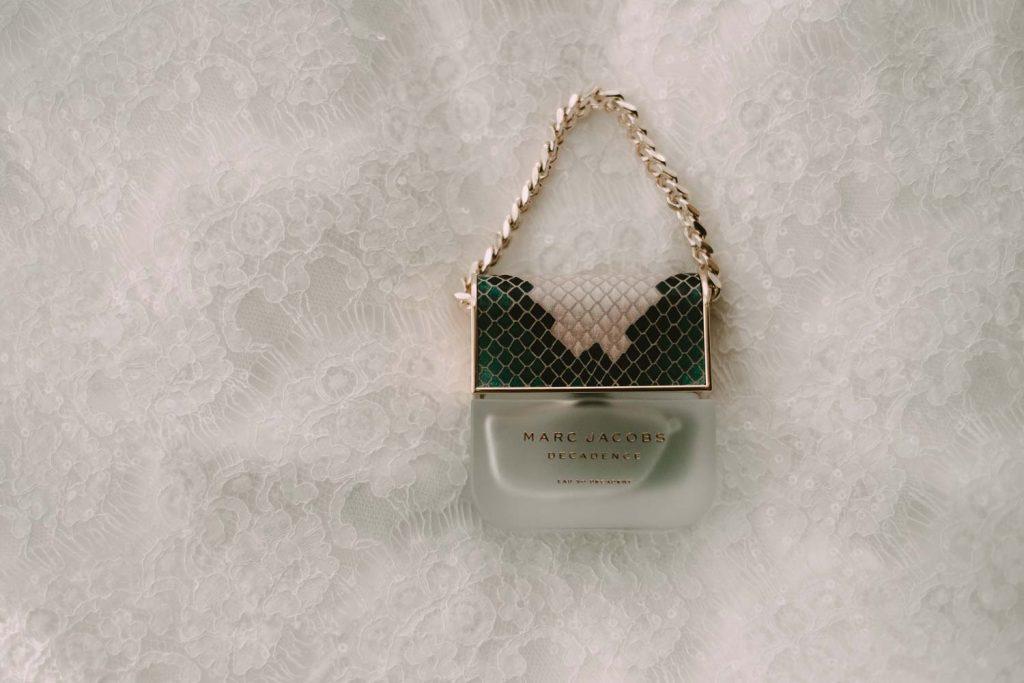 bride's perfume mar jacobs decadence